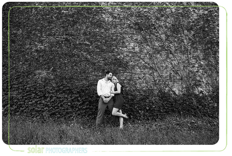 Awesome vine wall engagement picture.
