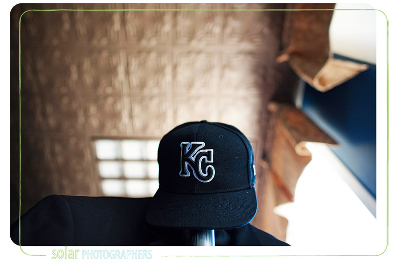Black kansas city royals hat.