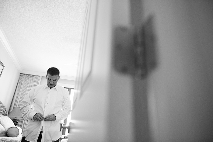 Candid wedding photography in Destin, Florida.