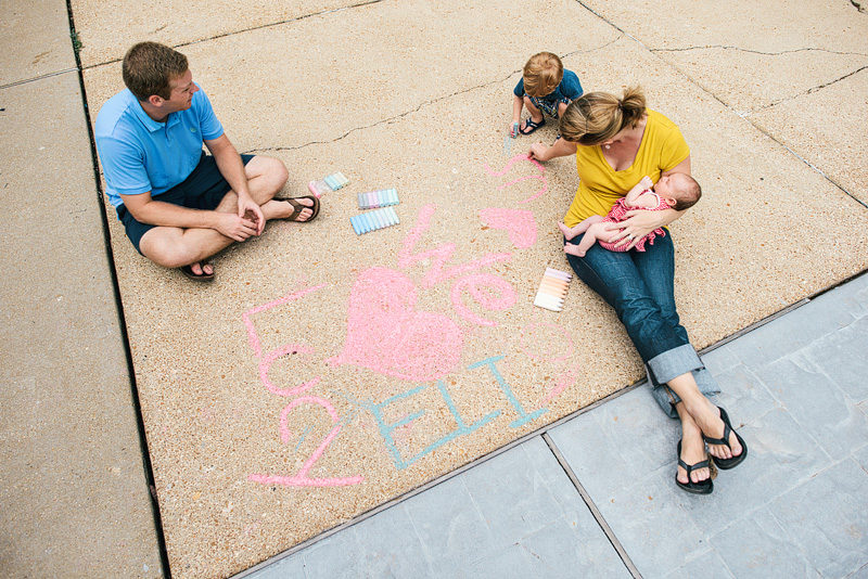 St. Louis portrait photography of family with chalk.