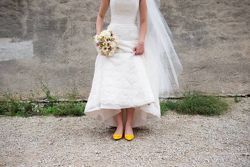 Awesome yellow shoes wedding inspiration.