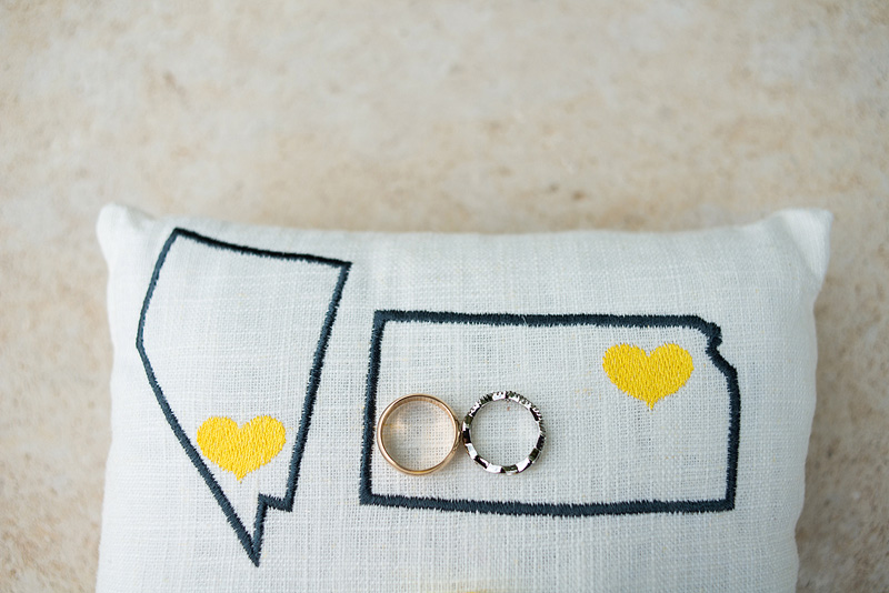 Sweet sewn state ring pillow inspiration.