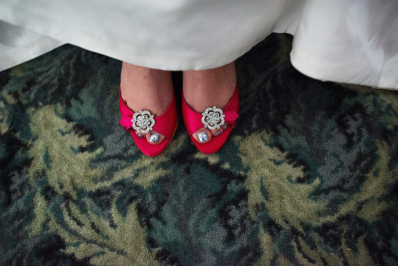Adorable pink wedding shoes.