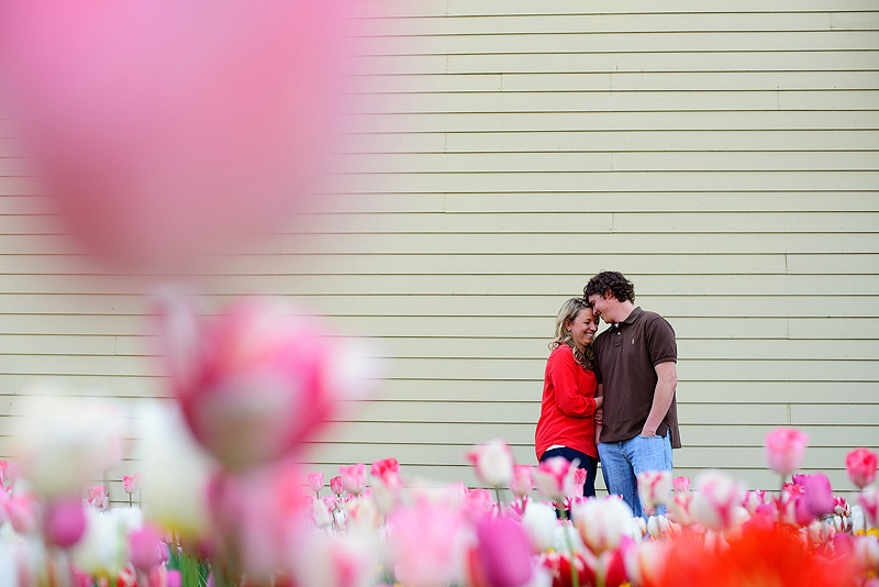 Fun spring engagement photos.