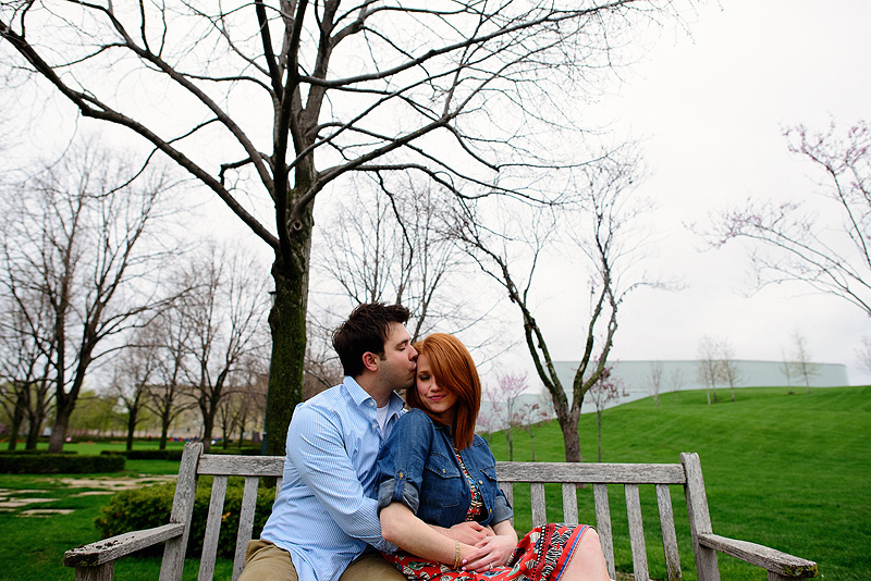 Nelson Atkins engagement pictures.