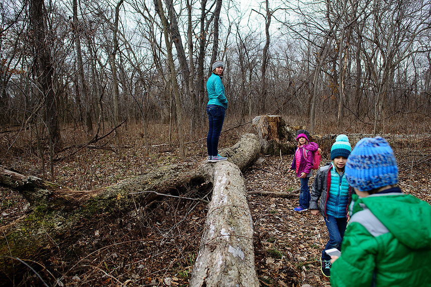 burr-oak-woods-family-hike-01