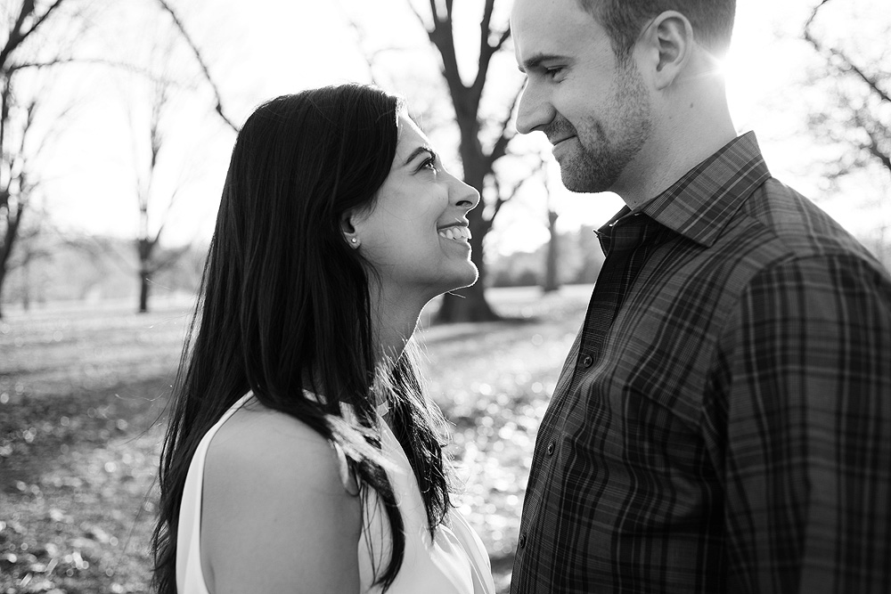 winter-engagement-session-kansas-city-plaza-loose-park-02
