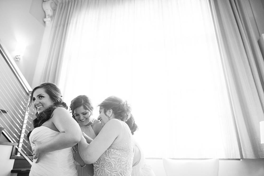 kansas-city-wedding-at-the-guild-in-crossroads-010
