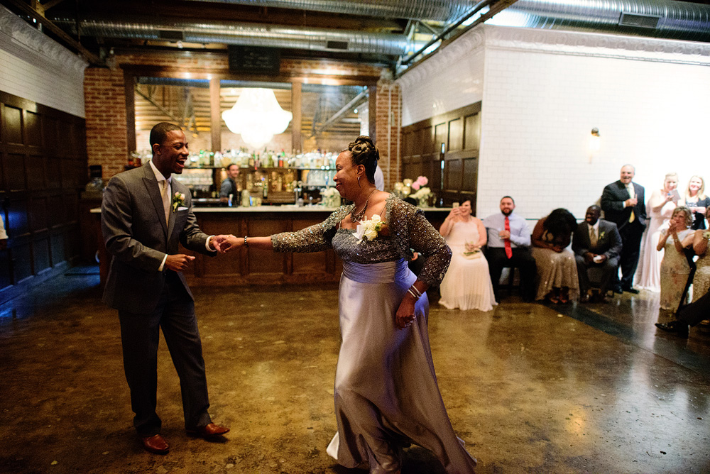 kansas-city-wedding-at-the-guild-in-crossroads-105